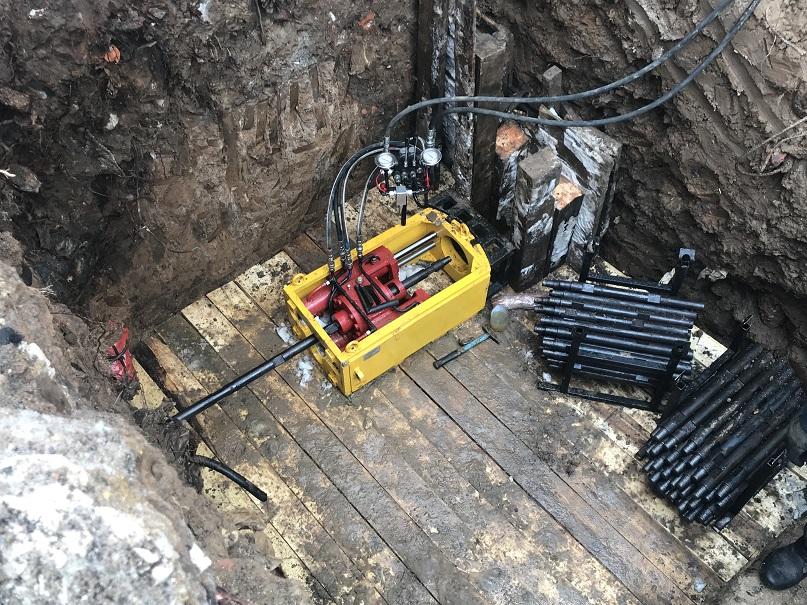 Установка мини гнб для бурения в ограниченном пространстве